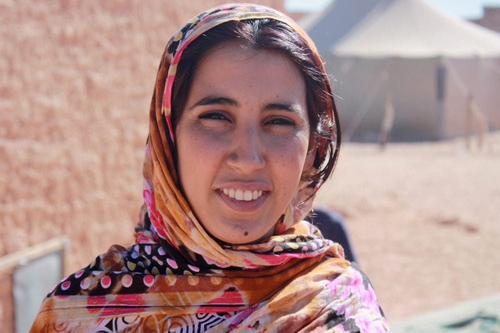 Eine junge Frau aus einem Flüchtlingslager in der Westsahara