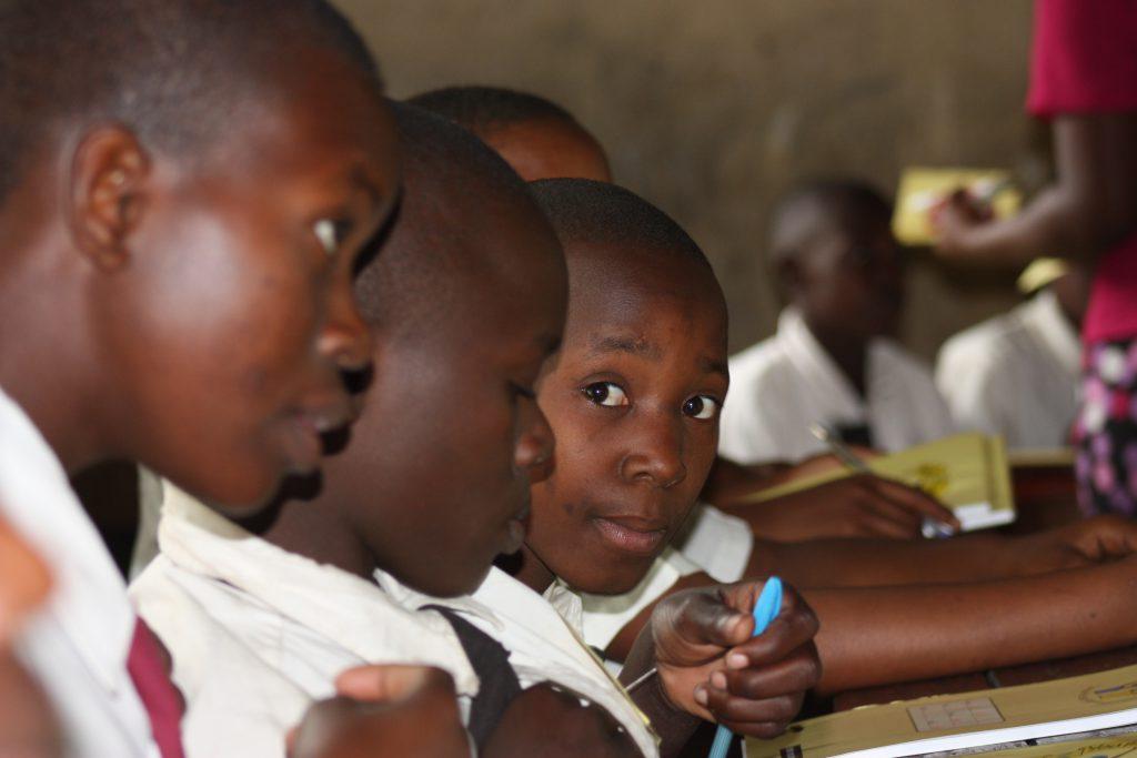 Jugendarbeit gegen Gewalt an Mädchen und Frauen