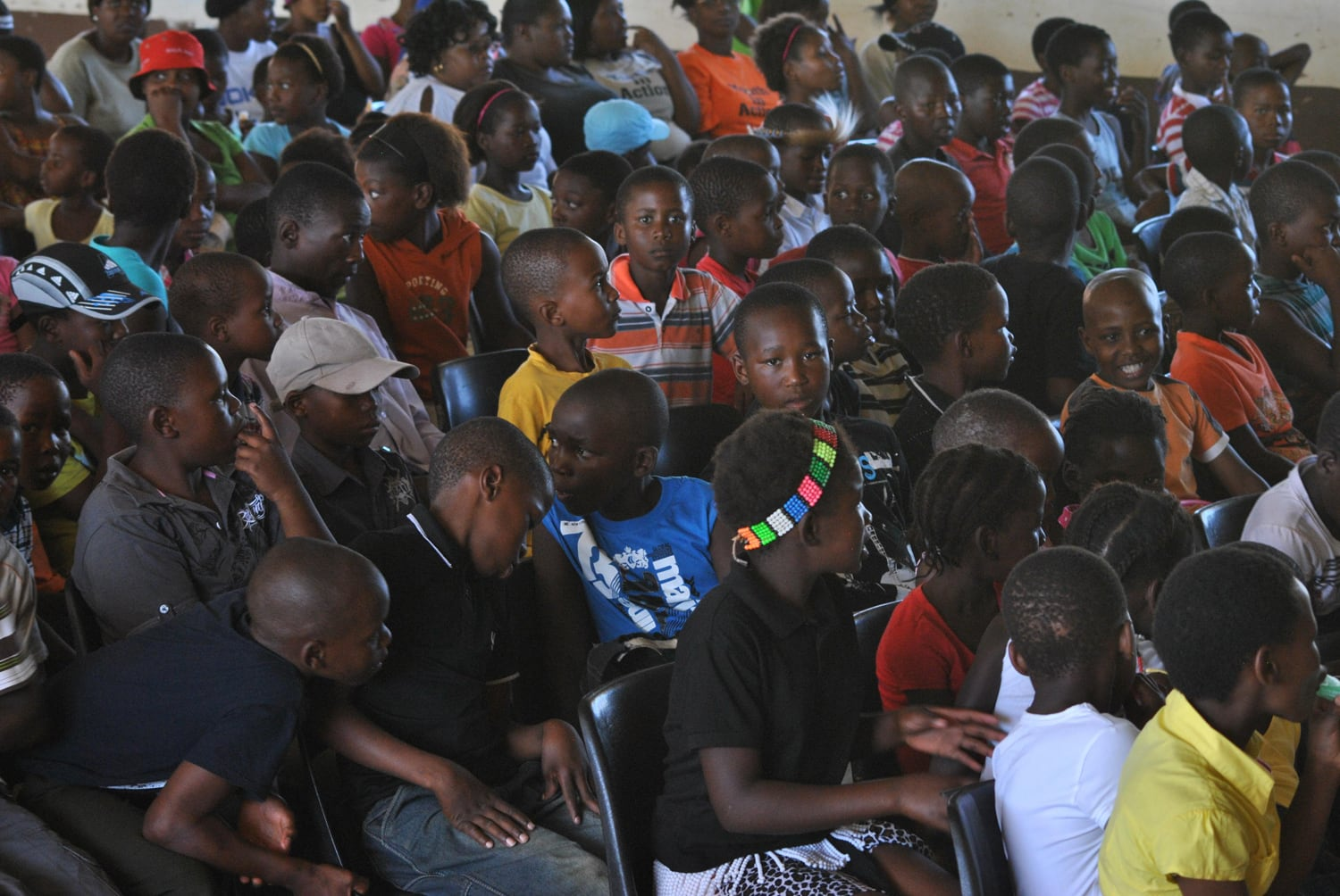 Children and Adolescents at the Youth Event Mfakantini of our Partnerorganisation Dlalanathi in South Africa 2011.