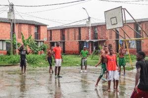 Banden bringen afrokolumbianische Jugendliche um. Die Verbrecher dürfen nicht straffrei davon kommen!