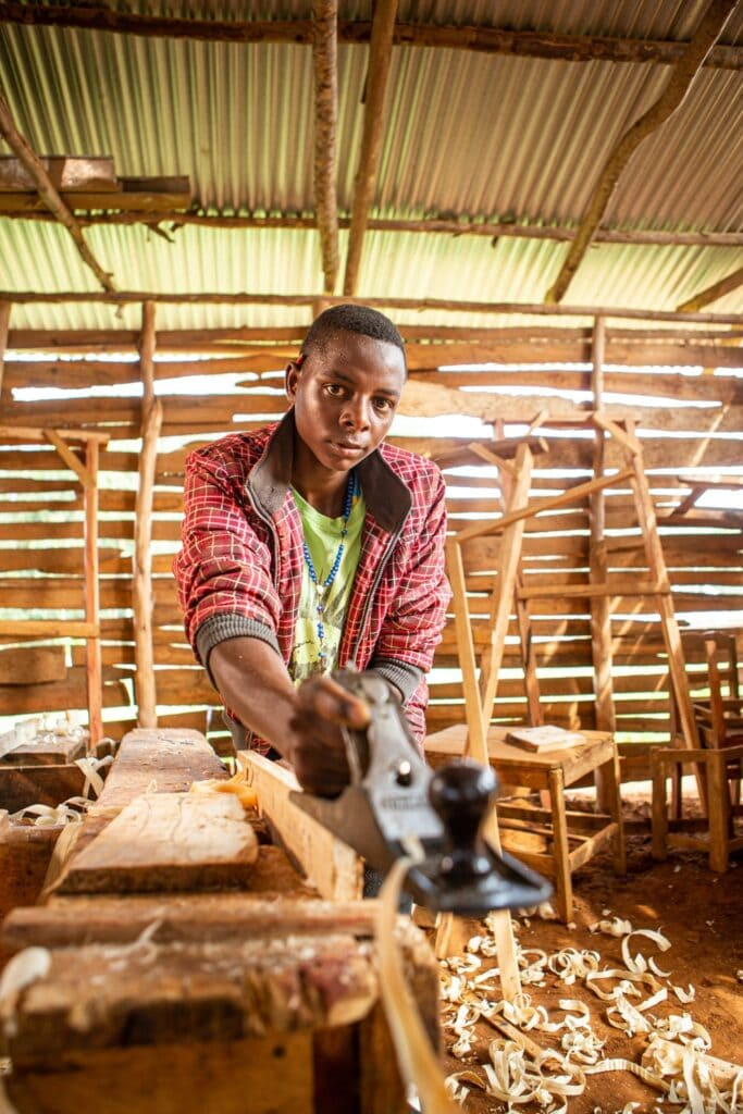 Mberwa in der Werkstatt