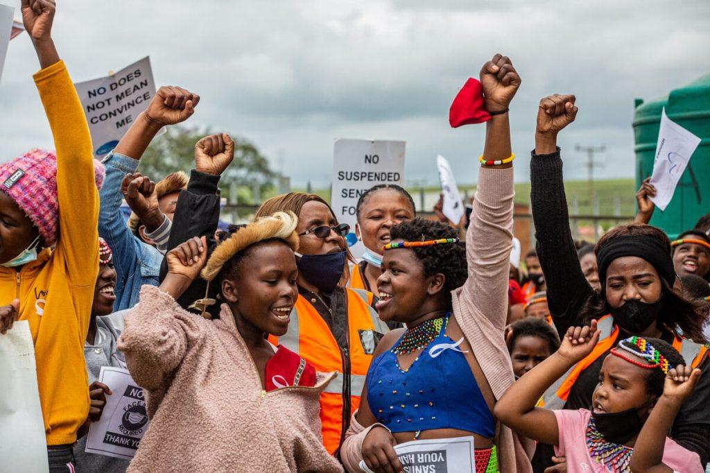 Stopp Gewalt Demo2 Mit Lifeline Foto ZVG By Cebisile Mbonani