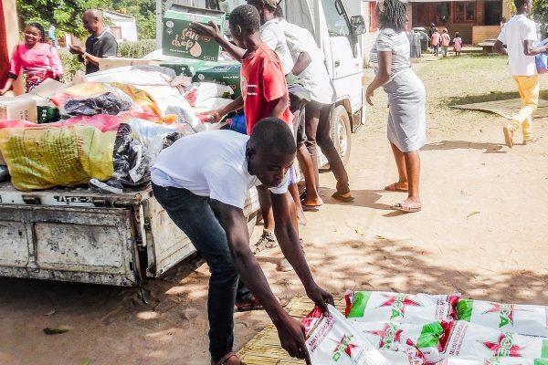 Menschen In Mosambik Brauchen Nahrungsmittel