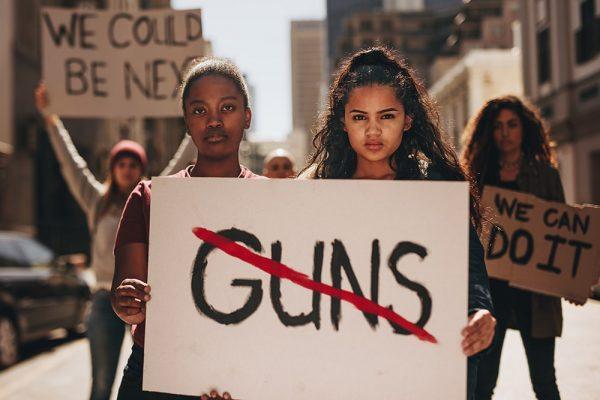 Waffen rauben Jugendlichen die Zukunft.